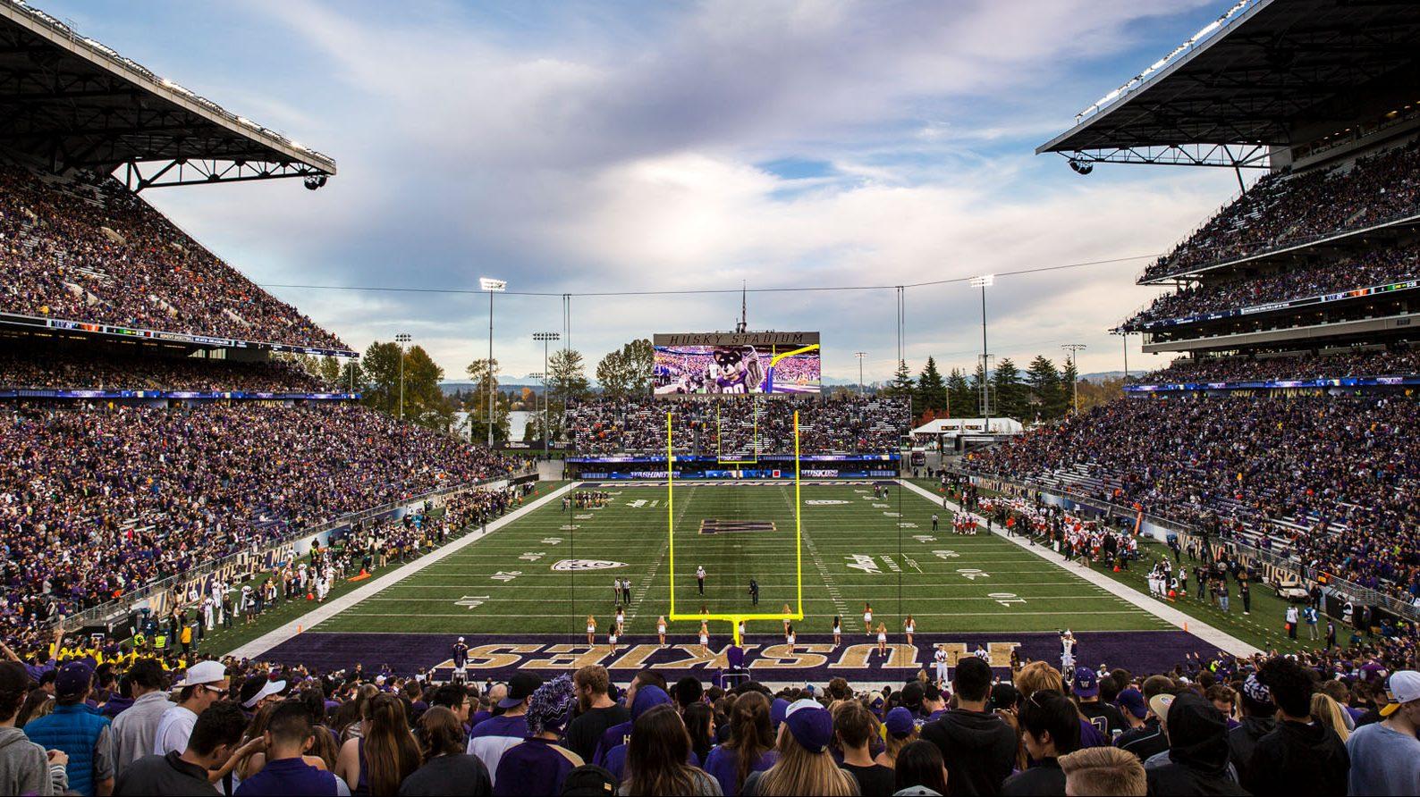 Husky Stadium,