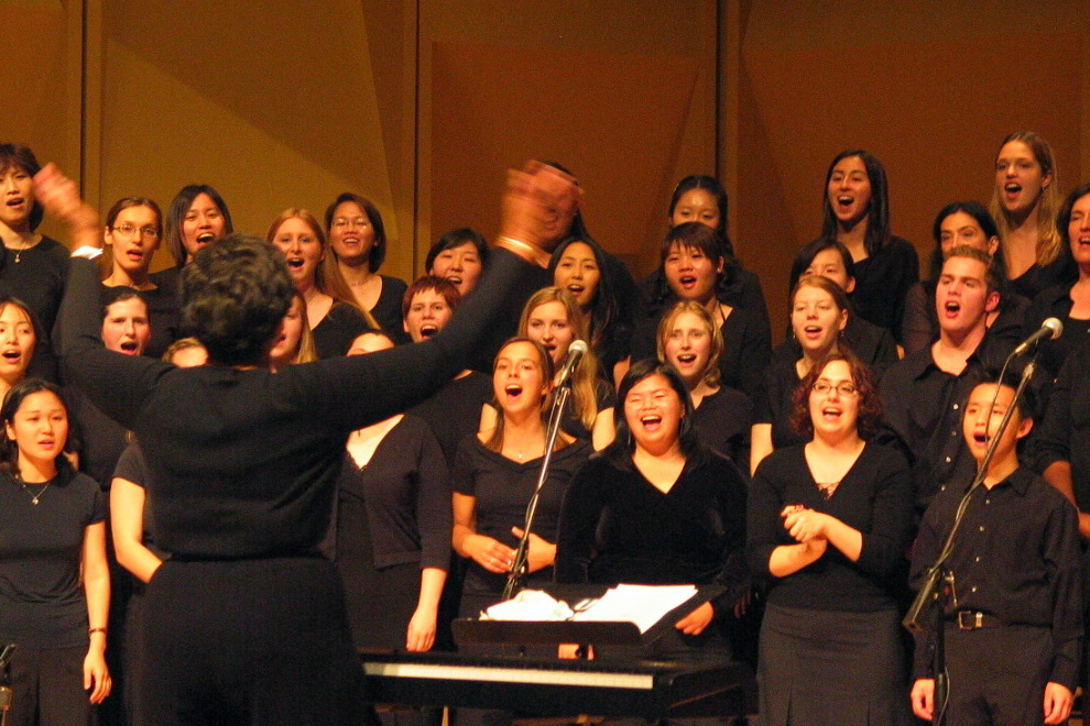 The UW Gospel Choir sings in 2004. | Photo by Cynthia St. Clair.