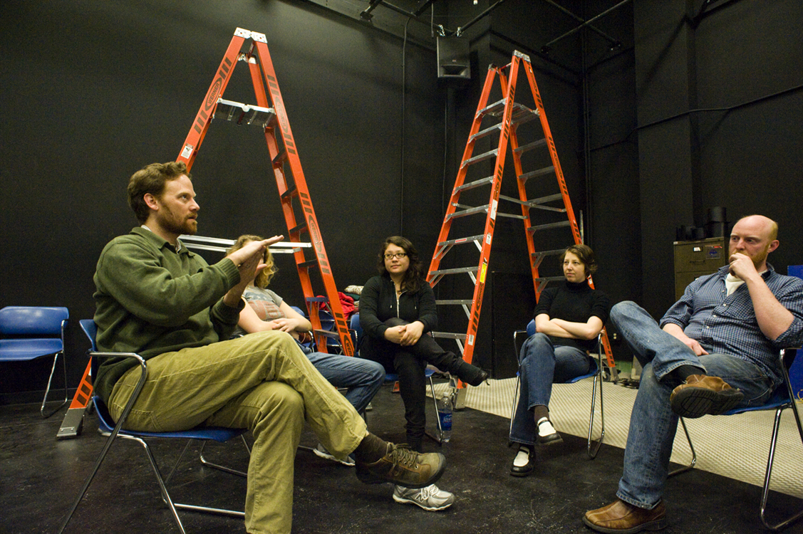 The new lighting studio has room for discussion. From left are lecturer Andrew Smith with students Jessica Jones, Nicole Simon, Linnaea Boone Wilson and Andy McGinn.