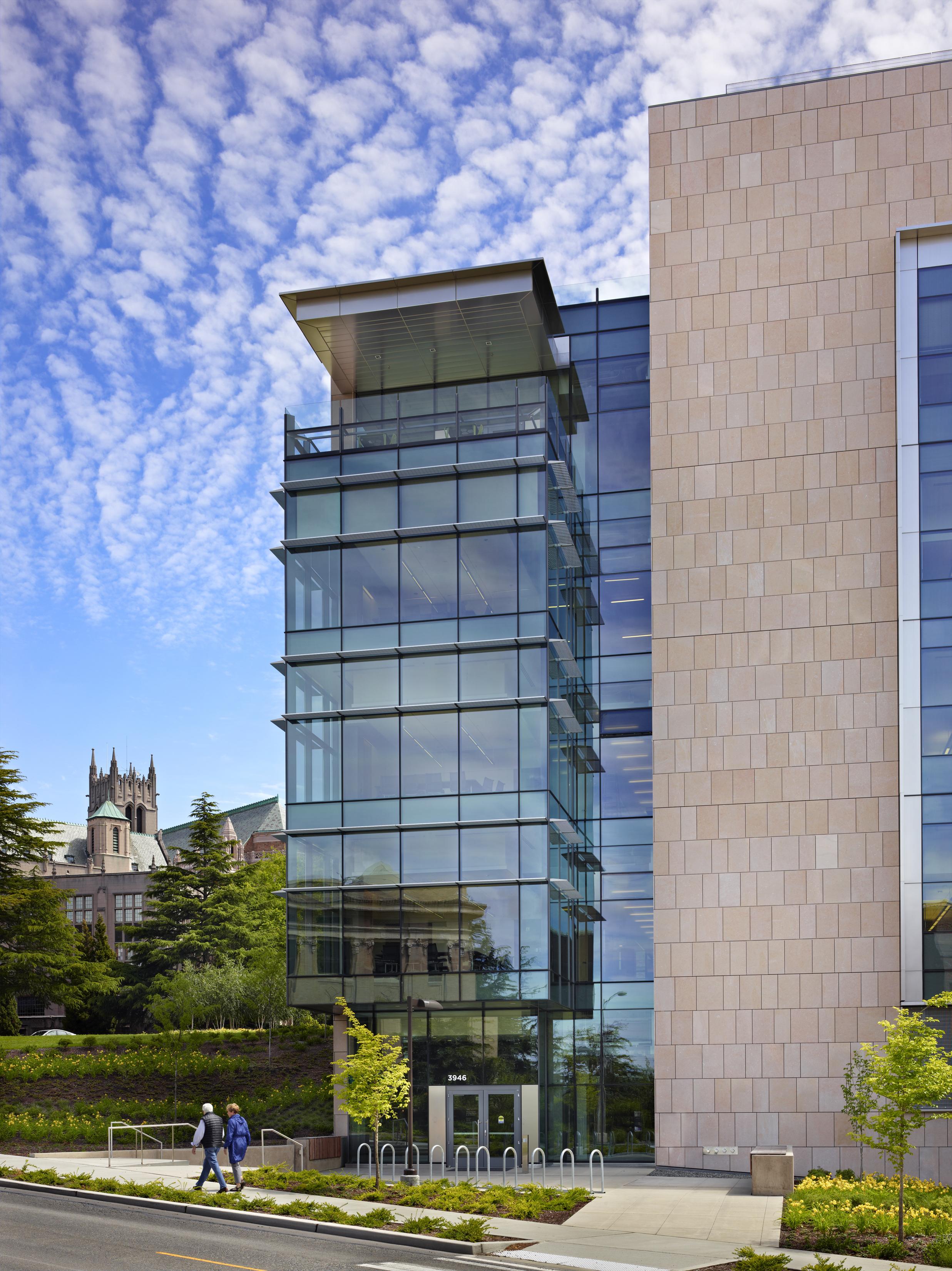 Molecular Engineering & Sciences Building