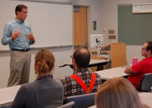 Dan Ashe addresses students at seminar