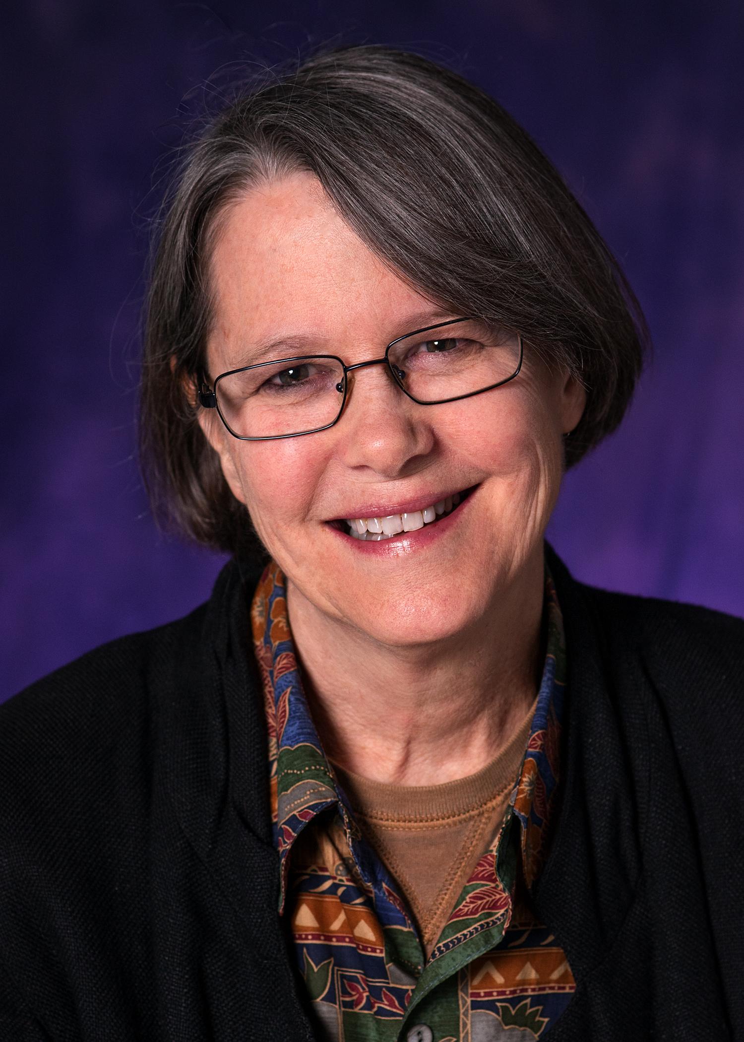 Headshot of Glenda Pearson