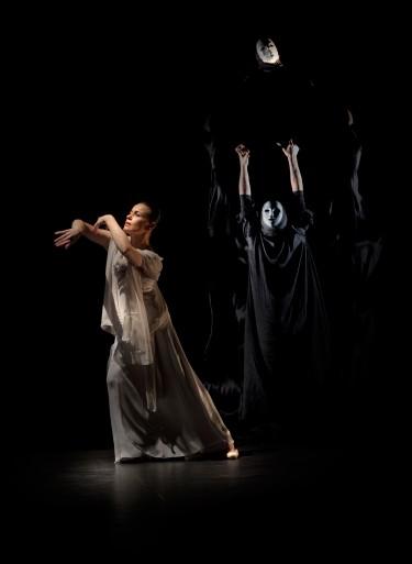 Soledad Barrio and Noche Flamenca in Antigona.