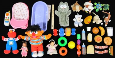 A selection of toys the tutors used when playing and speaking in Spanish to the babies.