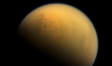 An image of Saturn's haze-shrouded moon Titan taken by the Cassini spacecraft. The UW-based Virtual Planetary Laboratory studied records of the haze on early Earth to see how such atmospheric conditions might affect an exoplanet, or one beyond our solar system. They found that such a haze might show the world is habitable, or that life itself is present.