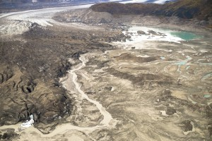 A Sept. 2, 2016 aerial photo shows the meltwater stream along the toe of Kaskawulsh Glacier, seen on the left, that is diverting fresh water from one river to the other.