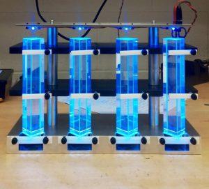 Una imagen de cristales de fluoruro de plomo, que se utilizan en detectores para experimentar con la física de partículas.