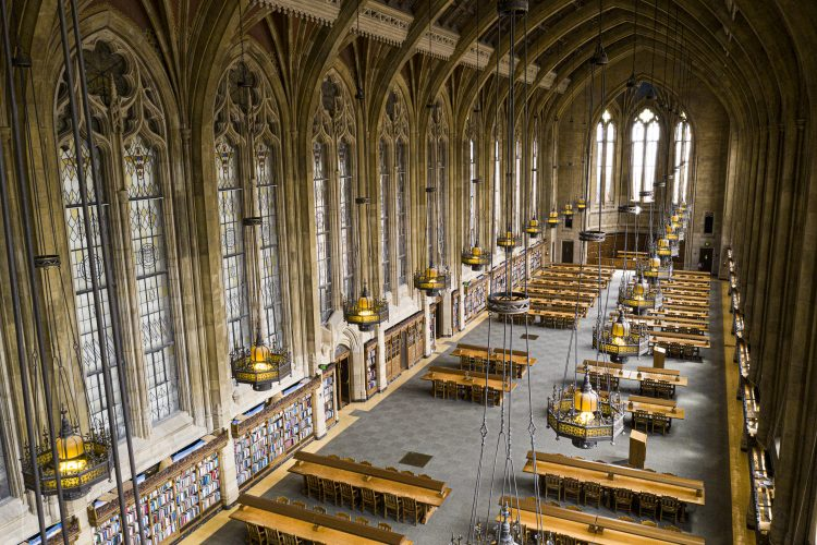 An aerial photo of a huge room in a library