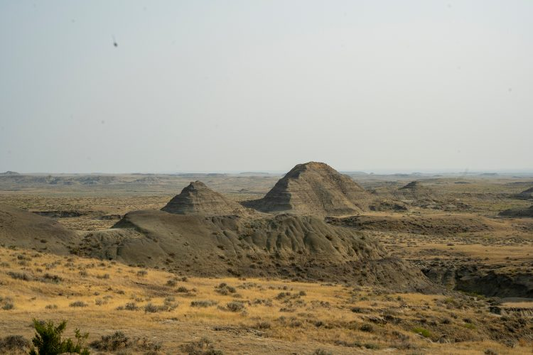 A photo of the Hell Creek formation in Montana