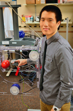 Kwang Seob Kim in lab