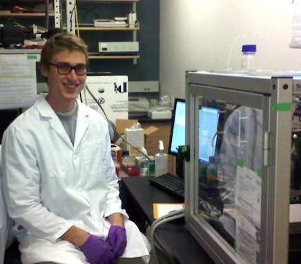 Jared Houghtaling in lab
