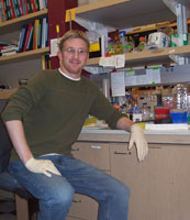 Jonathan Keller in lab