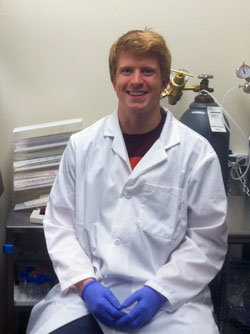 Hunter Bennett in lab