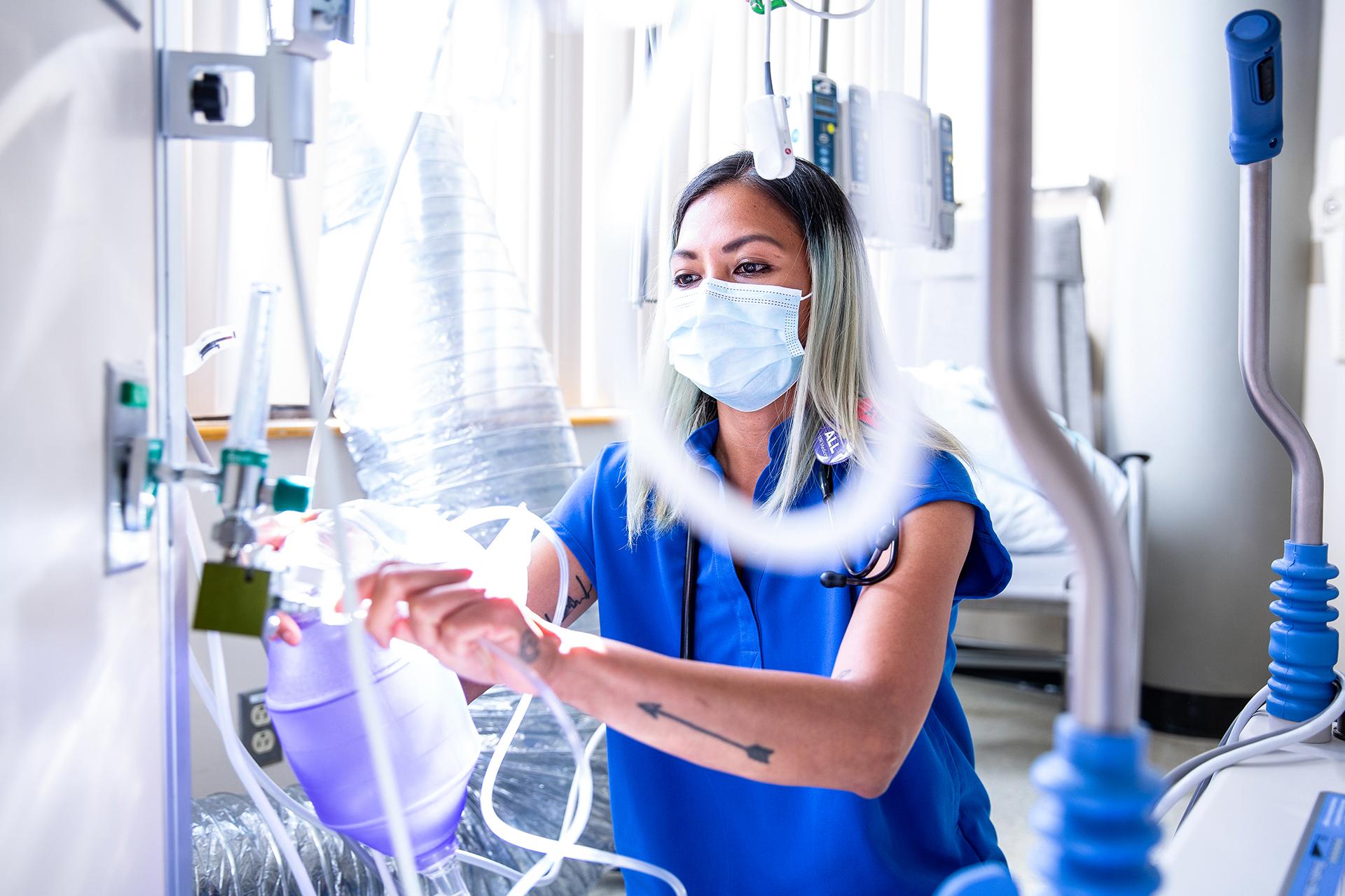 UW Medicine nurse