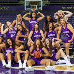 UW women's basketball team group shot