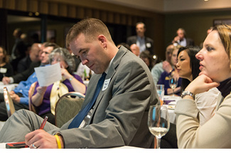 Husky Business Networking Group meetings offer Portland alumni a chance to expand their professional networks.