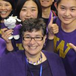 Alumni foster UW spirit worldwide