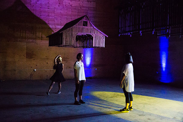 Dance artists Au Collective explore the power of community through movement