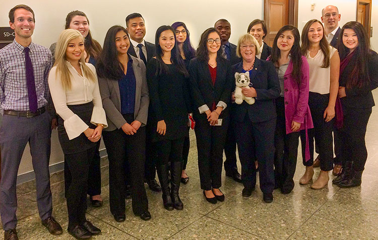UW students with Senator Patty Murray