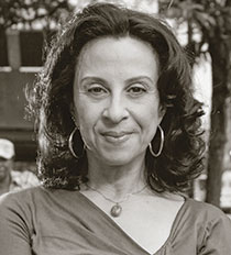 Maria Hinojosa Headshot
