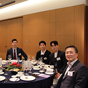 Alumni at Husky Night in Korea