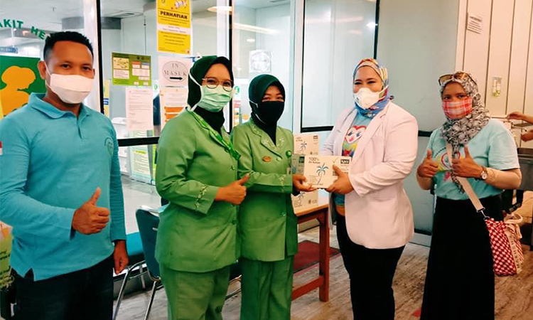 The Indonesia Huskies donate PPE to health-care workers
