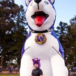 Fan in front of Airy the giant inflatable Husky dog