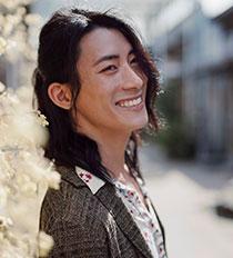 Portrait: Dominic Min-Trần