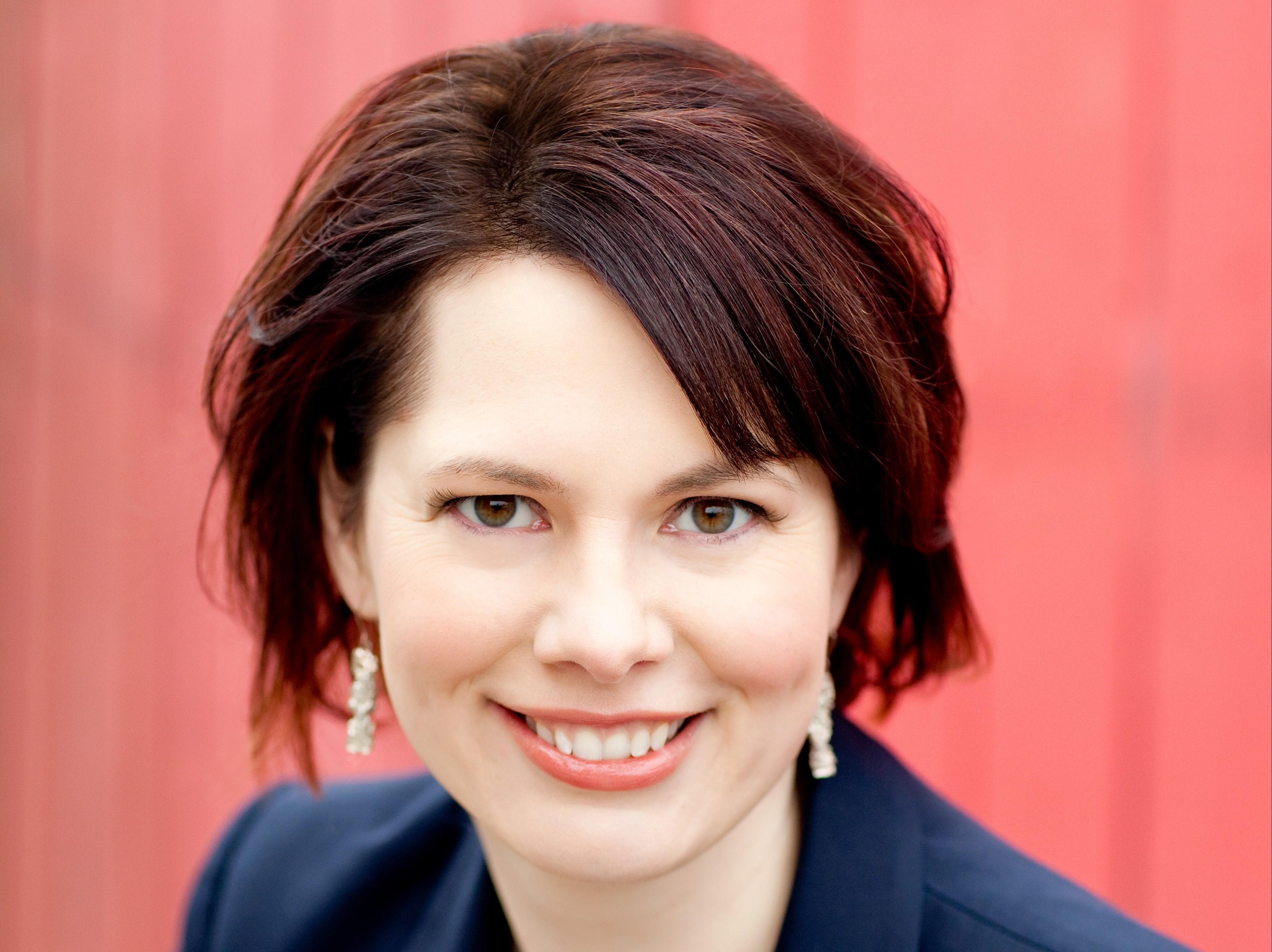Dr. Gina Neff