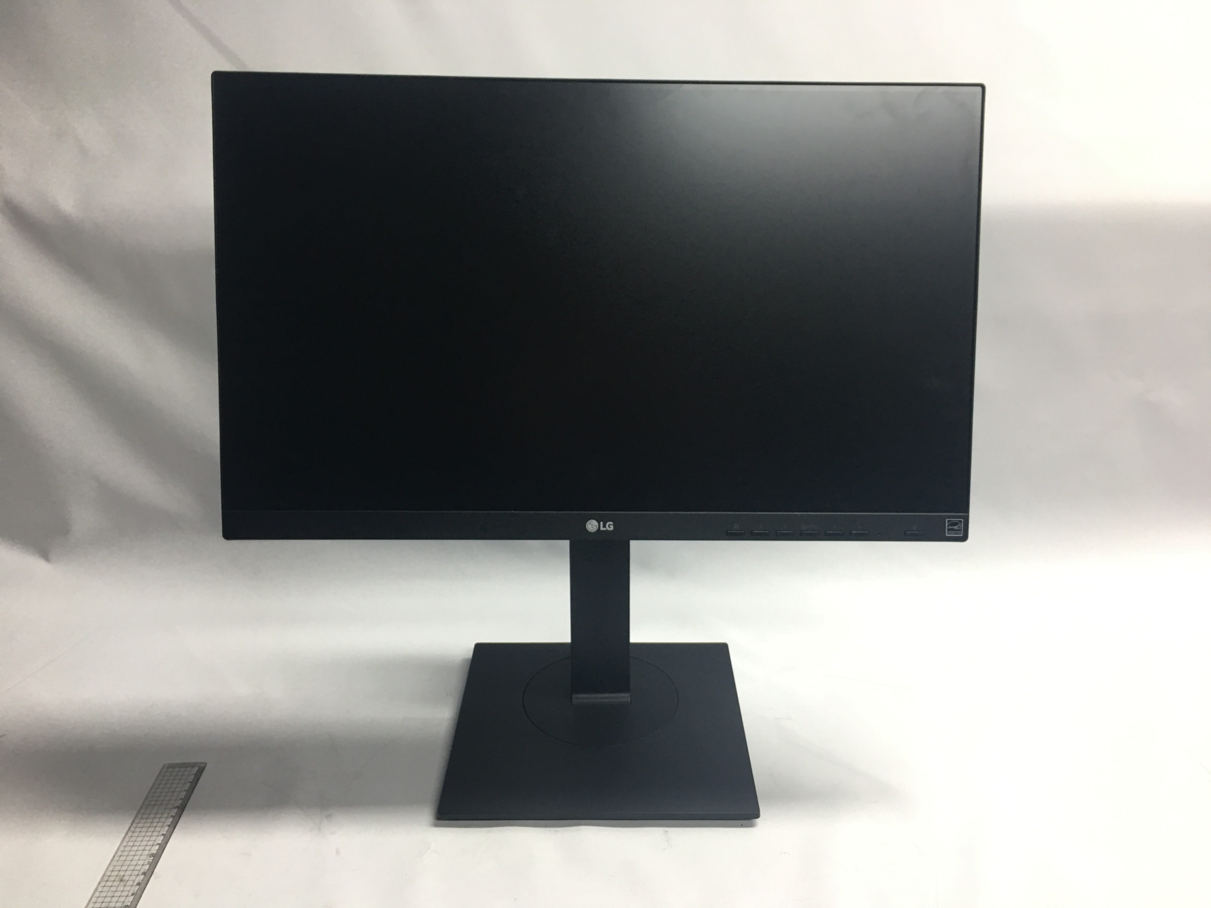 LED Monitor image