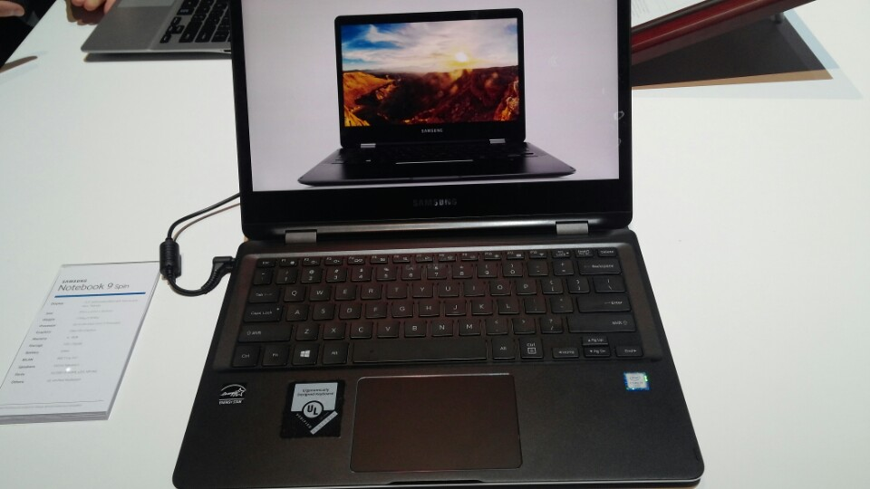 Notebook with 86-key Keyboard image