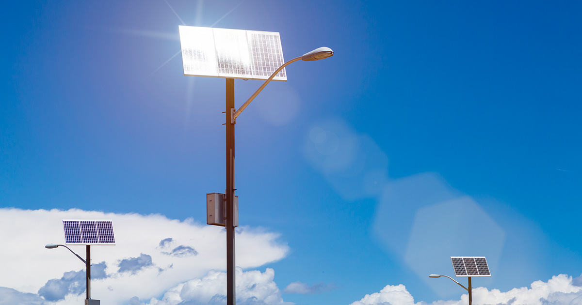 Post Hero Image: Solar powered smart streetlight