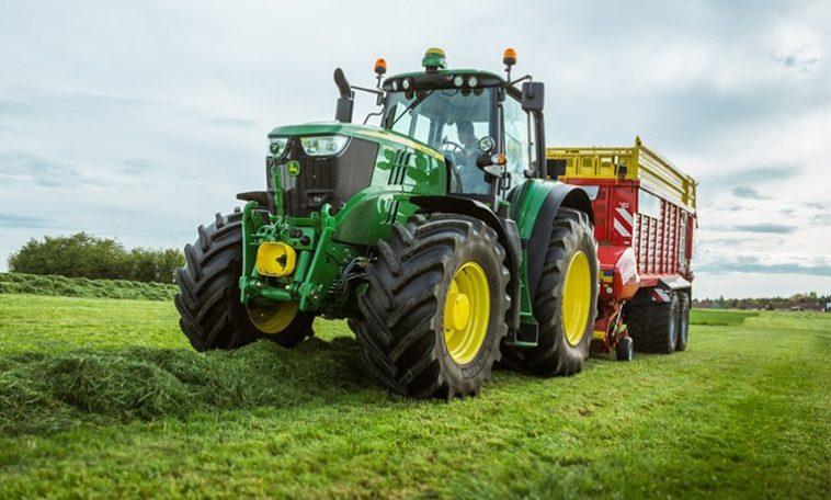 Granjeros estadounidenses hackean sus tractores con software ucraniano