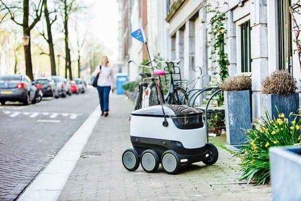 Domino's Europa comenzará a utilizar robots para entregar las pizzas a domicilio