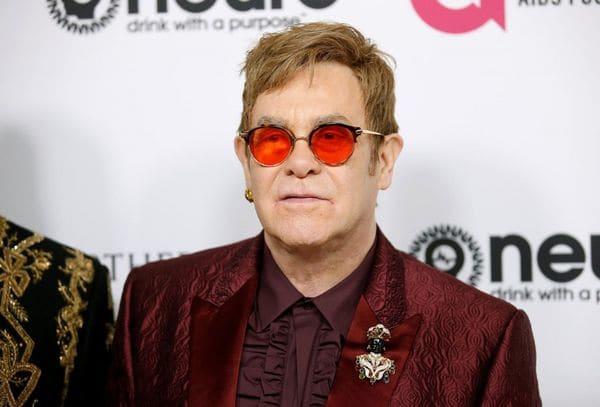"Elton John contrajo un infección ""potencialmente mortal"" tras la gira en Sudamérica"