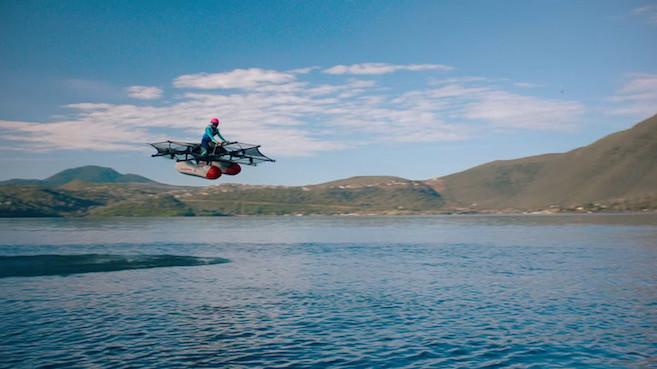 Larry Page presenta su prototipo de vehículo volador