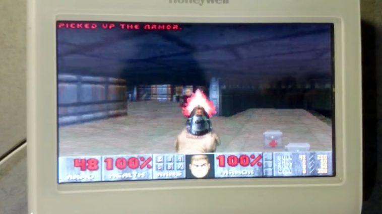 Ejecutan Doom en un termostato programable