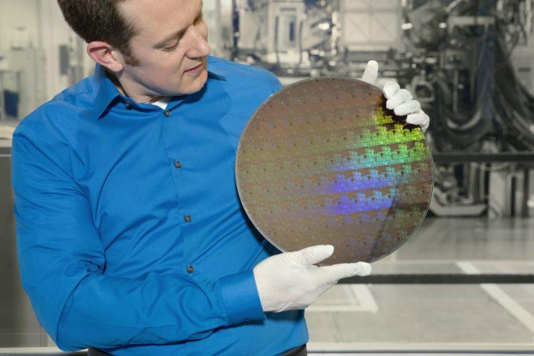 IBM presentó el primer chip de 5 nanómetros