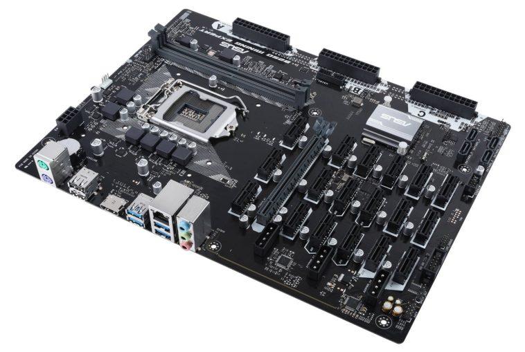 La placa base con soporte para 19 GPU de Asus