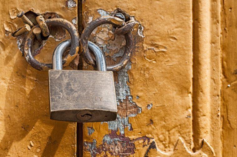 Cómo abrir un candado sin llave en segundos