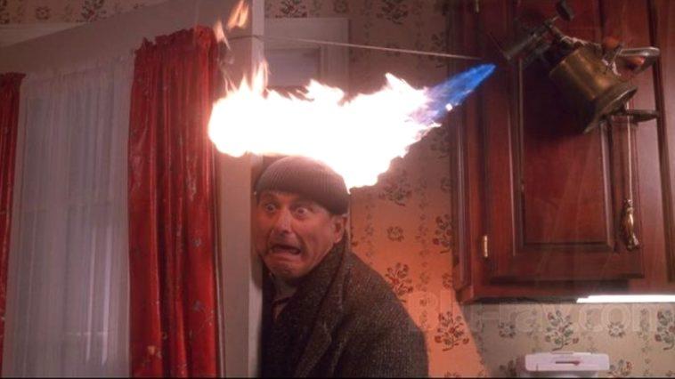 Kevin McCallister es un psicópata: ¿Qué tan graves son las heridas del clásico navideño Home Alone?
