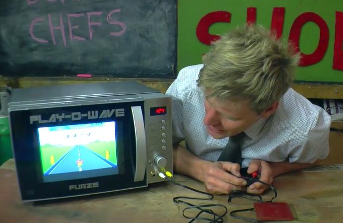 ¡Una consola de videojuegos en un horno de microondas!