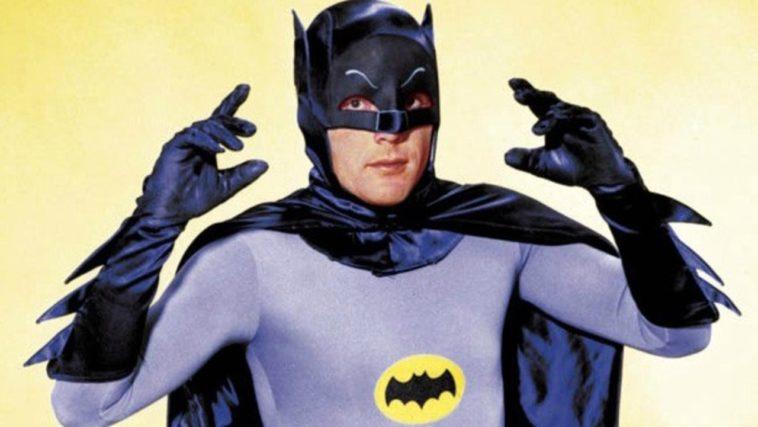 Falleció Adam West, el Batman original.