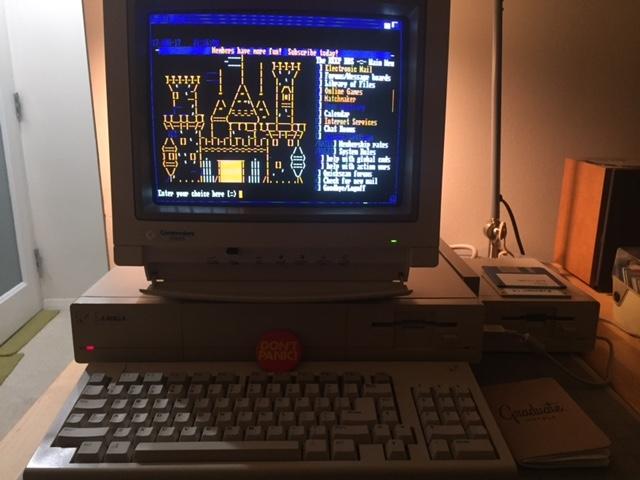 Cómo conectar un Amiga 1000 a la red