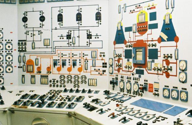 Salas de control soviéticas: La belleza analógica al otro lado