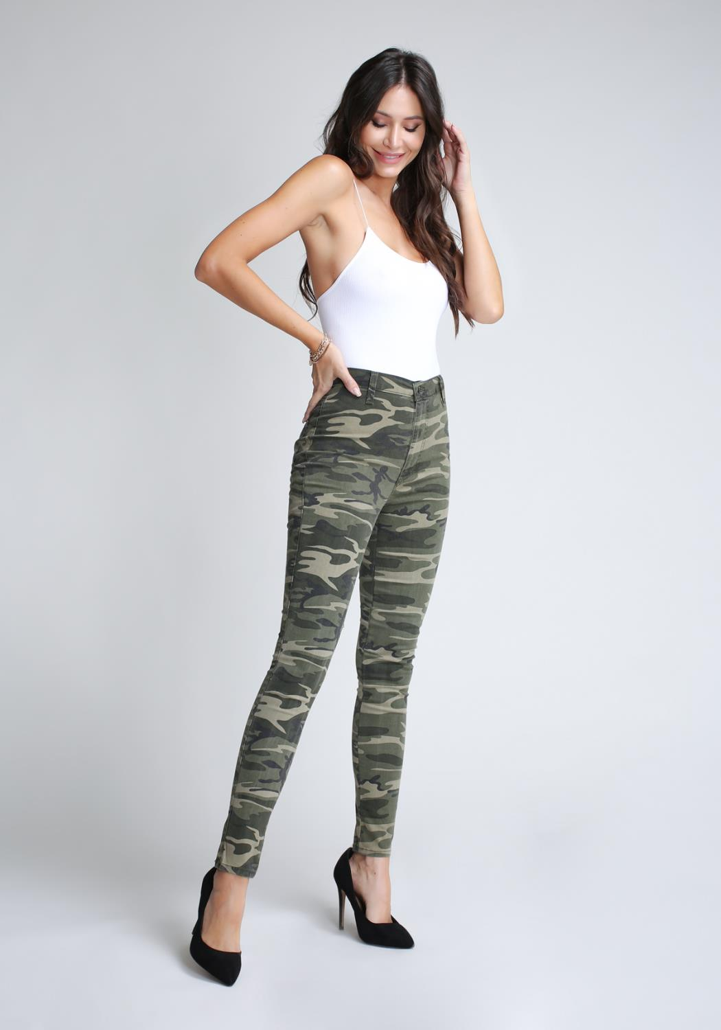 Gigi Super High-Waisted Pants