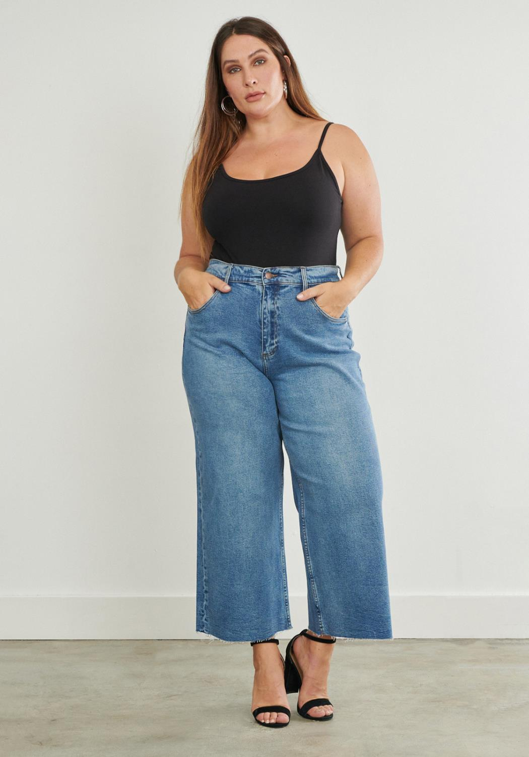 PLUS Wide Leg Mom Jeans