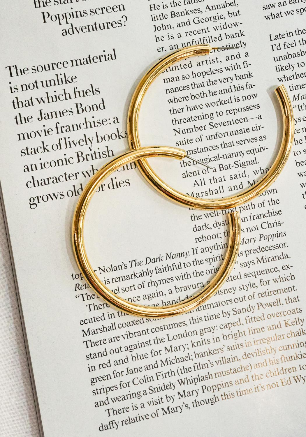 Edge Gold Hoop Earrings