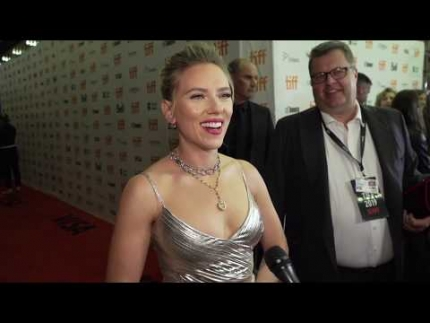 """JOJO Rabbit""  premiere with ""Scarlett Johansson"""