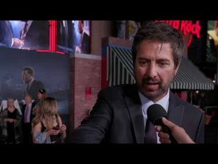 """The IRISHMAN"" red carpet with Ray Romano"
